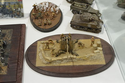 Italeri 1/72 7512 WWII German 88mm Flak 37 Anti-Aircraft Gun with Crew