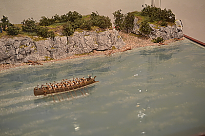 Roman boat on the Rhine or the Danube 1/72