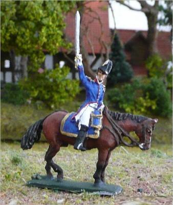JS72/0458 - Officer français à cheval en surtout 1/72