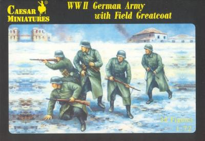 069 - WWII German Army with Field Greatcoat 1/72