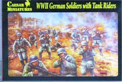 077 - German Soldiers with Tank Riders 1/72