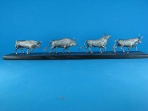 TM0005 - Oxen 1/72