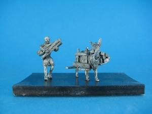 TM0007 - Pack mule 1/72