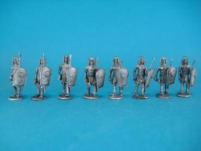 ÄG-06 Egyptians - advance with spear and axe, 16 parts 1/72