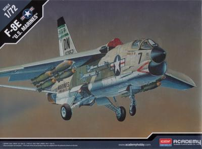12440 - Vought F-8E Crusader 1/72