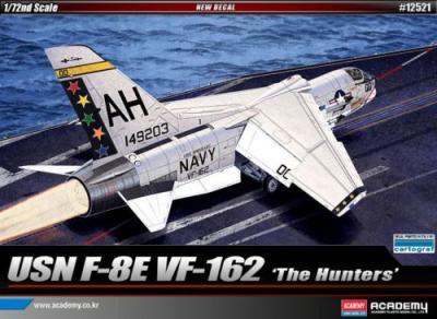 12521 - Vought F-8E Crusader VF-162