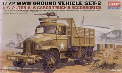 13402 - WWII US 6x6 Cargo Truck and Accessories 1/72