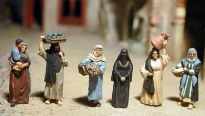 NIK-ARB 05 - Araberfrauen 01 1/72