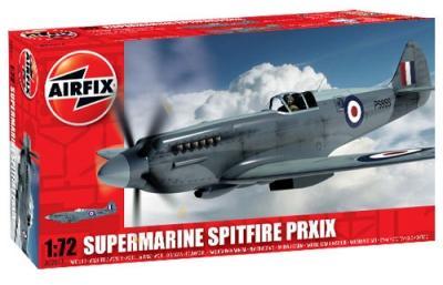 02017 - Supermarine Spitfire PR Mk.XIX 1/72
