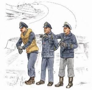 72158 - S-100 Schnellboot Bridge Crew figures x 3 1/72
