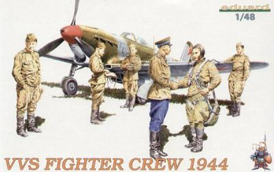 8509 - Soviet VVS Fighter Pilots and Ground Crew 1944