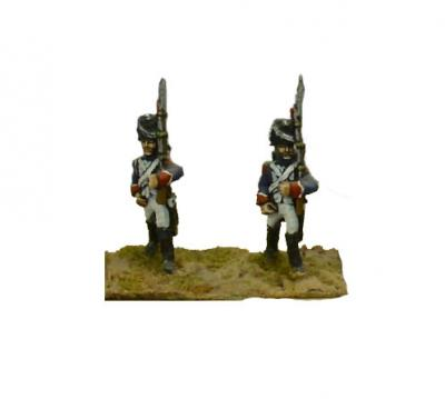 FRA14 - French Old Guard Chasseurs, March Attack (x4) 1/72