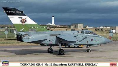 """02116 - Panavia Tornado GR.4 """"No.12 Squadron Farewell Special"""" 1/72"""