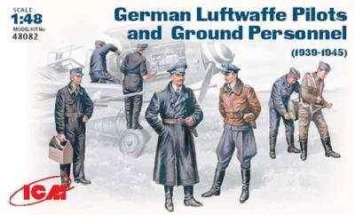 48082 - WWII Luftwaffe Pilots and Ground Personnel 1939-1945