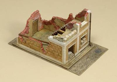 6161 - Wrecked House 1/72