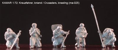 MA025 Croisés à genoux au 1/72