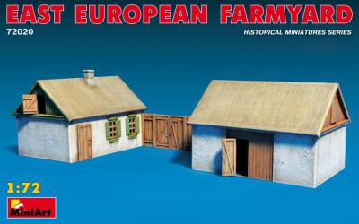 72020 - East European Farmyard 1/72