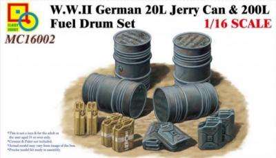 16002 - WWII German 20L Jerry Can & 200L Fuel Drum Set 1/16