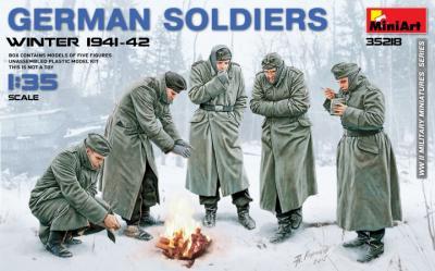 35218 - German Soldiers Winter 1941-42