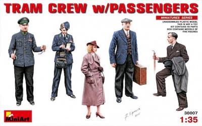 38007 - Tram Crew With Passengers