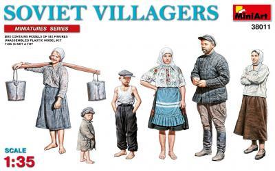 38011 - Soviet Villagers