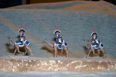 FRC81 - French Camel Corps, 4 Camels and Riders with Bicorn Hat (was FS NF-21) 1/72