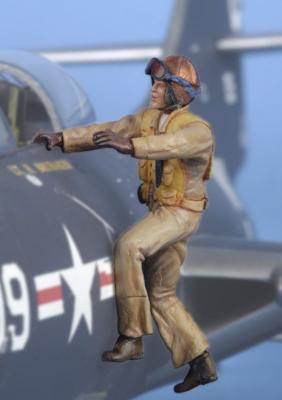 321105 - 1 x USN pilot Korean war boarding aircraft