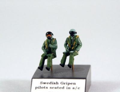 PJ721128 - Swedish Gripen pilots seated in a/c 1/72