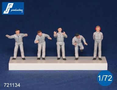 PJ721134 - Ground Crew. Set of 5 figures can be used in post War various air forces 1/72