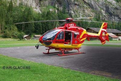 4986 - Eurocopter EC135 Air Glaciers 1/72
