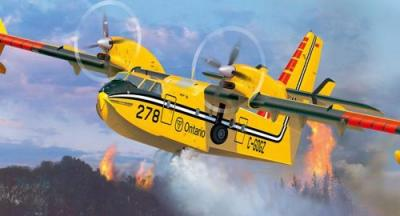 4998 - Canadair CL-415 Water Bomber 1/72