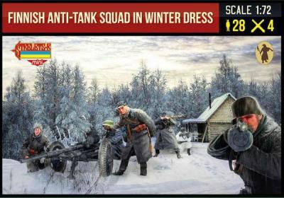 246 -Finnish Anti-Tank Squad in Winter Dress WWII 1/72