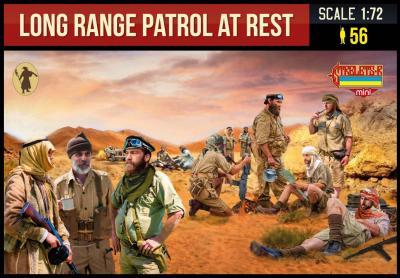 M143 - WWII Long Range Desert Group at rest 1/72