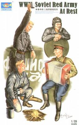 00413 - WWII Soviet Tank Soldiers