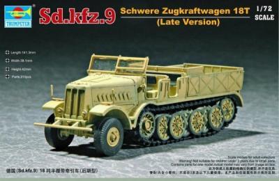 07252 - Sd.Kfz.9 18T Famo Half Track (Late) 1/72