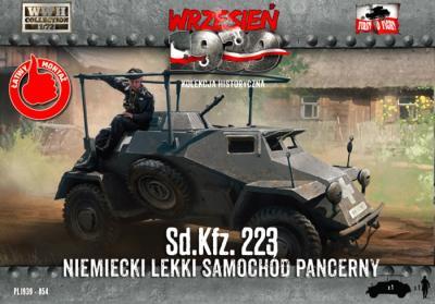 WWH054 - Sd.Kfz.223 half-track 1/72