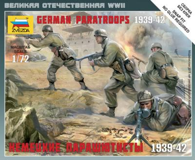6136 - German Paratroops 1/72